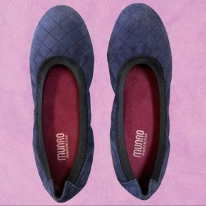 Munro Deep Blue Quilted Flats Size 7W